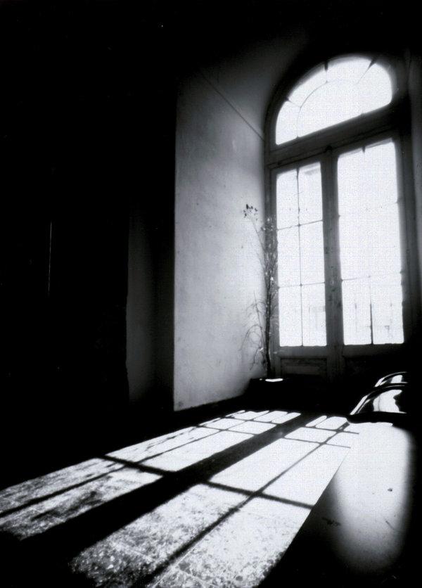 The_Dark_Window_by_Sirfer